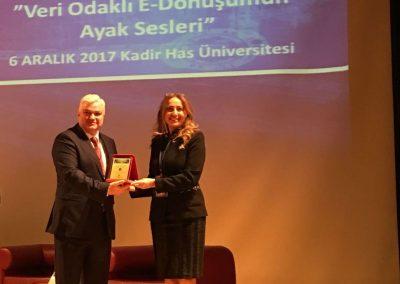 Kadir Has Üniversitesi Plaket
